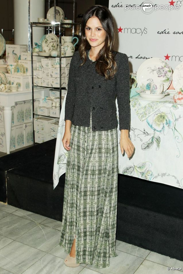 Rachel Bilson lors du lancement de sa collection Edie Rose Home à New York le 8 mai 2012