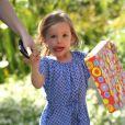 Seraphina, la fille cadette de Jennifer Garner, se rend à une fête d'anniversaire, à Los Angeles le 15 mai 2012.