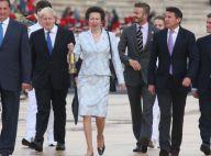 La princesse Anne et 'Sir' David Beckham ont pris le feu sacré des JO à Athènes