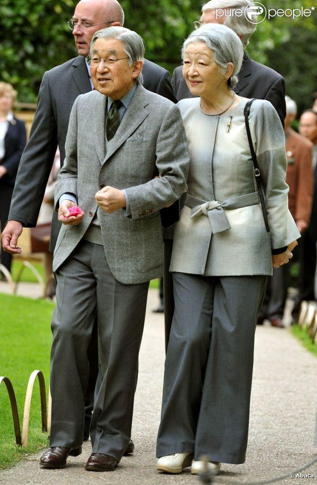 Empereur du japon akihito et sa femme l'impératrice michiko en