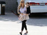Sarah Michelle Gellar, enceinte et avec sa fille Charlotte, voit la vie en rose