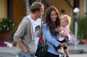 Alanis Morissette, radieuse et aux anges avec son amoureux et son fils