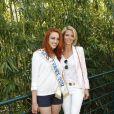 Delphine Wespiser et Sylvie Tellier posent à Paris, dans les coulisses du tournoi de Roland-Garros, le mardi 29 mai 2012.