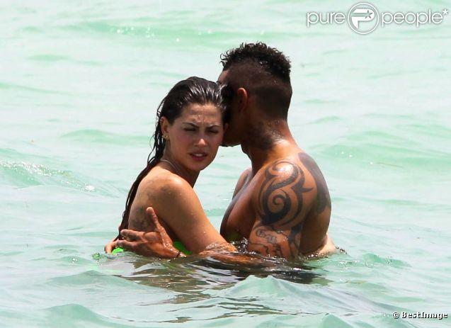 Kevin-Prince Boateng et sa sublime chérie Melissa Satta, à la plage à Miami le 7 juin 2012