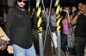 Rihanna : Sombre pour se faire tatouer, mais ravie qu'on se batte pour elle