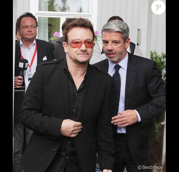 Bono lors d'un forum à Oslo le lundi 18 juin après avoir rencontré l'opposante Birmane Aung San Suu Kyi
