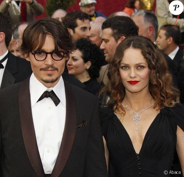 Vanessa Paradis et Johnny Depp sur le tapis rouge des Oscars à Los Angeles. Février 2008