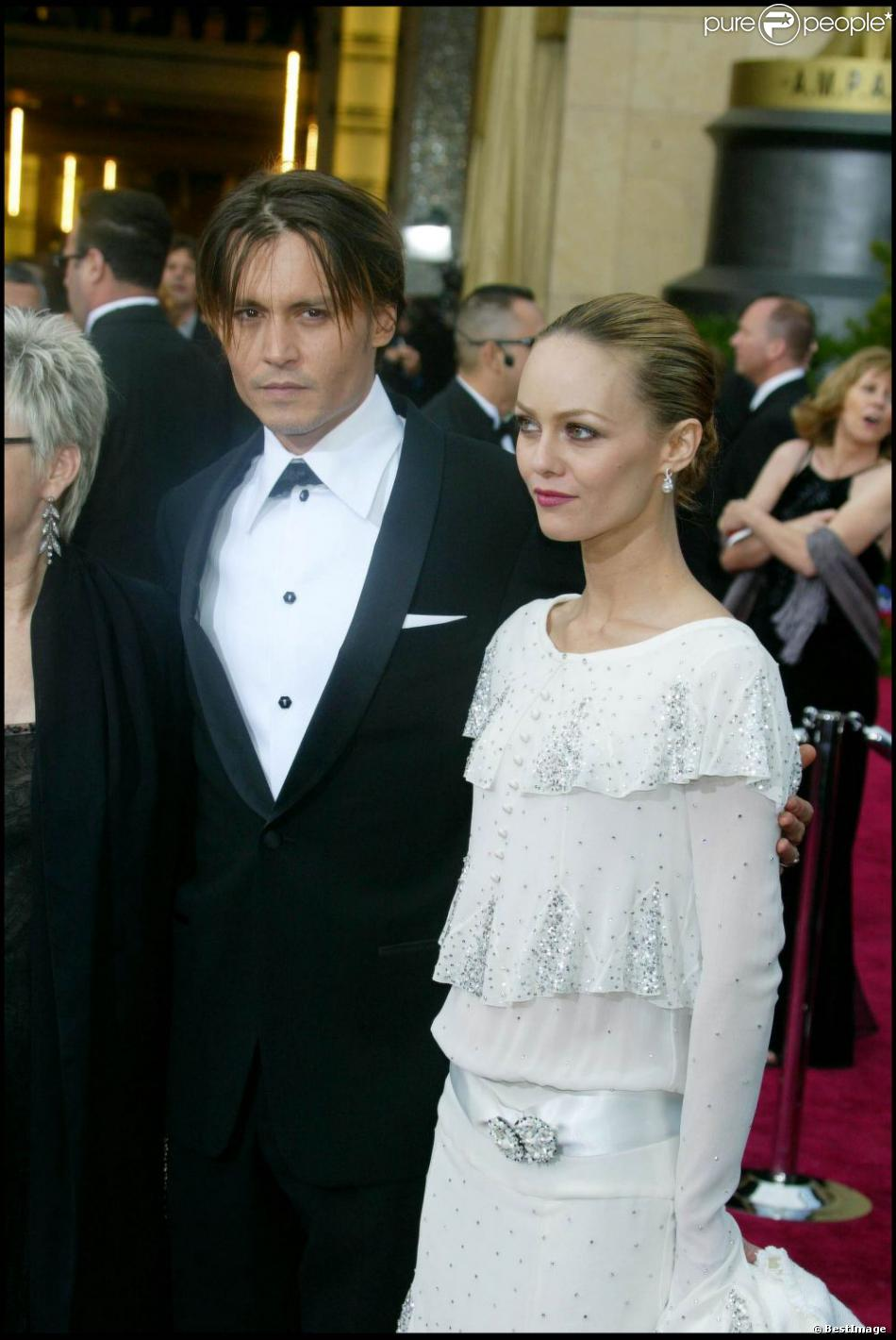 vanessa paradis et johnny depp un couple mythique purepeople. Black Bedroom Furniture Sets. Home Design Ideas