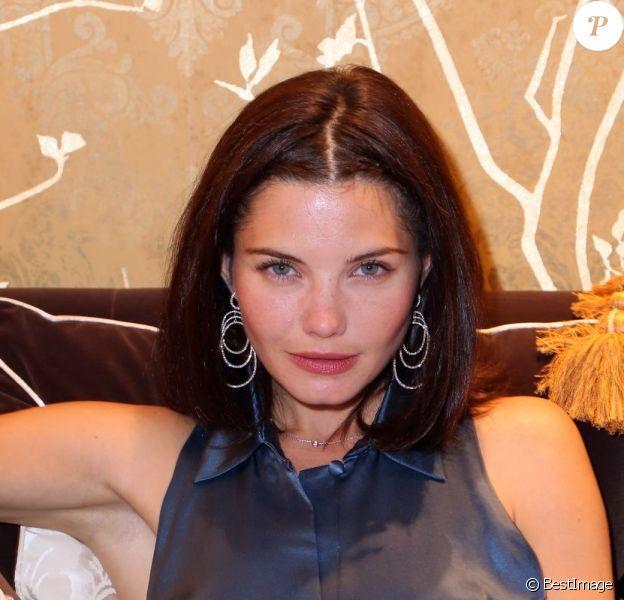 """""""L'univers d'une star"""" selon l'actrice Delphine Chanéac, dévoilé lors de la soirée d'inauguration de The Fashion Store. Paris, le 19 juin 2012."""