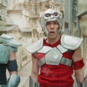 Orelsan se transforme en Chevalier du Zodiaque pour le clip de 'Ils Sont Cools'
