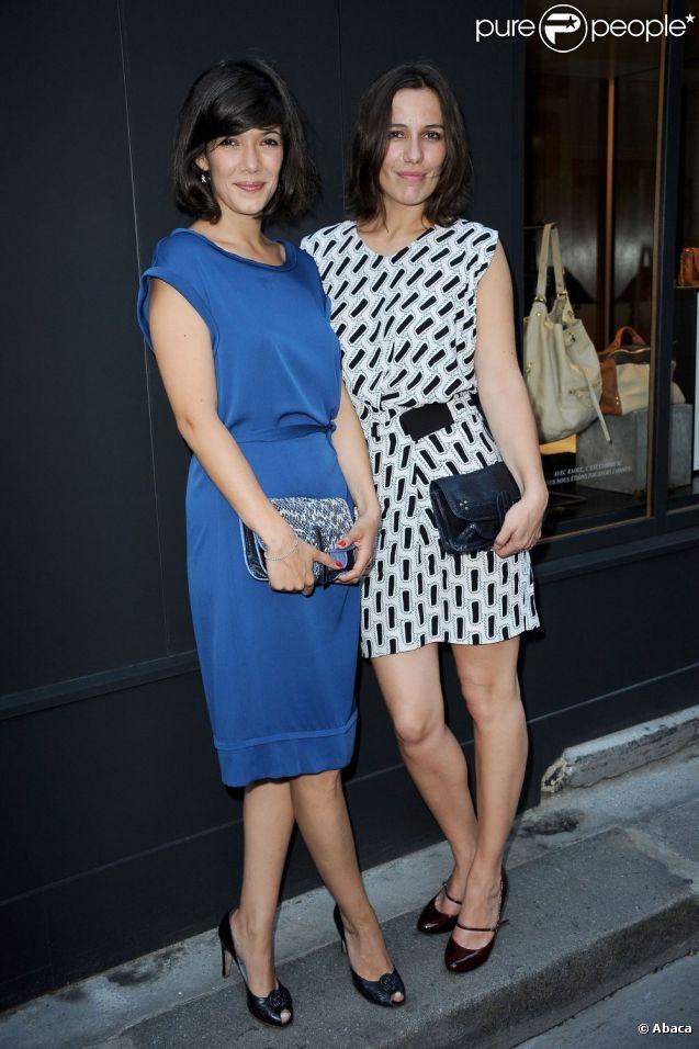 Mélanie Doutey et Zoé Félix lors du cocktail Jérôme Dreyfuss à Paris le 28 juin 2012 pour l'ouverture de ses deux nouvelles boutiques parisiennes.