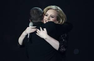 Adele : Enceinte de son premier enfant avec Simon !