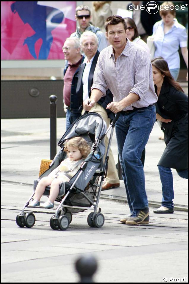 Jason Bateman, son épouse Amanda Anka, et leur fille Francesca