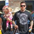 Pink, Carey Hart et leur fille Willow à New York, le 11 juillet 2012.