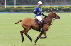 Louis de Bourbon : Entre farniente en famille et tournoi de polo à Sotogrande