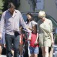 Michelle Williams est allée chercher sa fille Matilda avec son compagnon Jason Segel à Los Angeles le 6 août 2012