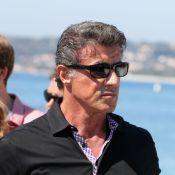 Sylvester Stallone, revigoré par son séjour sur la Côte d'Azur, débarque à Paris