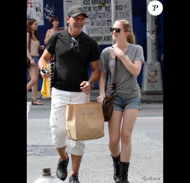Antonio Banderas et sa fille Stella, 15 ans, à New York, le 8 août 2012
