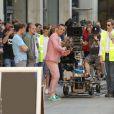 Robbie Williams sur le tournage de son nouveau clip le 16 août 2012 à Londres