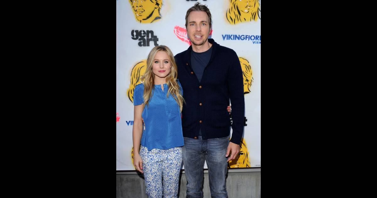 kristen bell et dax shepard le 27 juin 2012 los angeles purepeople. Black Bedroom Furniture Sets. Home Design Ideas