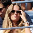 Kim Sears attentive lors du premier match de son homme Andy Murray lors de l'US Open au Billie Jean National Tennis Center à Flushing Meadows près de New York le 27 août 2012