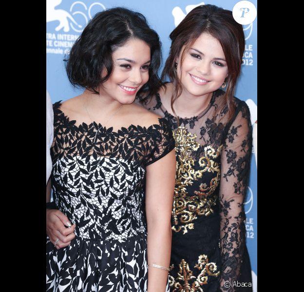 Vanessa Hudgens et Selena Gomez à la projection du film Spring Breakers, le mercredi 5 septembre 2012 à Venise, dans le cadre de la 69e Mostra de Venise.