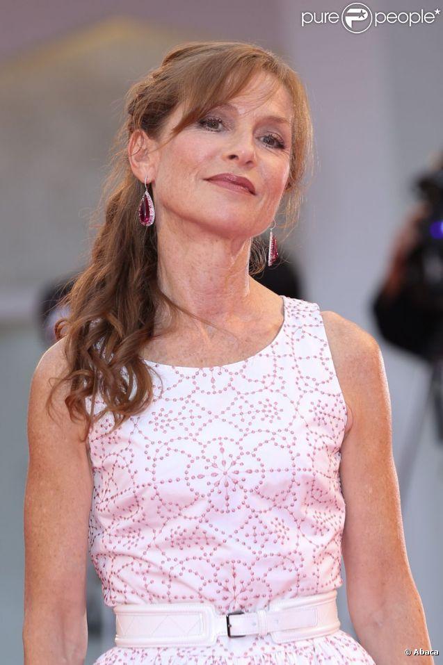 Isabelle Huppert, superbe princesse de 59 ans, lors de la présentation de La Bella Addormentata à la Mostra de Venise, le 5 septembre 2012.