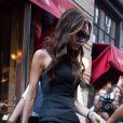 Victoria Beckham quitte le restaurant Balthazar après un déjeuner avec son mari David Beckham et leur fille Harper. New York, le 9 septembre 2012.