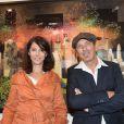 Zabou Breitman et Richard Woleck lors du vernissage de l'exposition de l'artiste organisé par la maison Nicolas Feuillatte. Septembre 2012