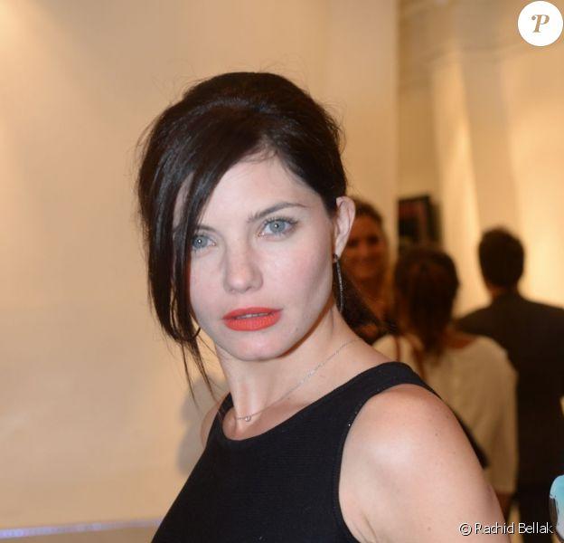 Delphine Chanéac au vernissage de l'exposition de Richard Woleck, en septembre 2012.
