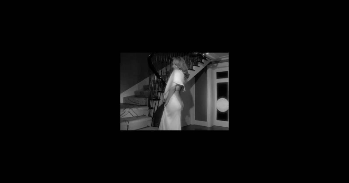 MinogueRavissante Son MuetteElle Très Et Kylie Dévoile Joli E2WDH9I