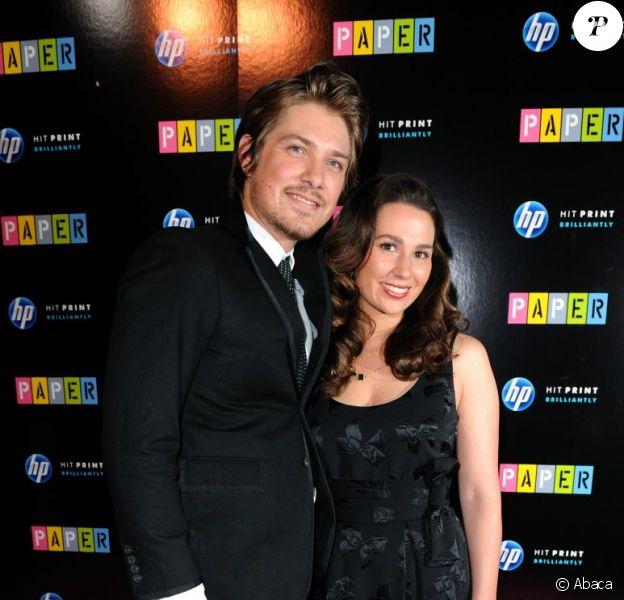 Taylor Hanson et son épouse Natalie ont accueilli le 2 octobre 2012 leur cinquième enfant, une petite Wilhelmina.
