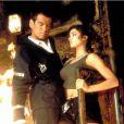 Pierce Brosnan et Denise Richards dans  Le Monde ne suffit pas  (1999) de Michael Apted.