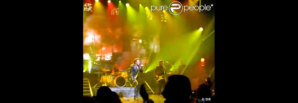 johnny hallyday allumer le feu live new york le 7 octbore 2012. Black Bedroom Furniture Sets. Home Design Ideas