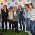 Une partie de l'équipe féminine du PSG lors de la soirée de lancement du Playstation Foot 5 au bar Le Players le 9 octobre 2012 à Paris