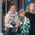 Helena Christensen et son fils Mingus dans le rues de New York, le 7 mars 2012.