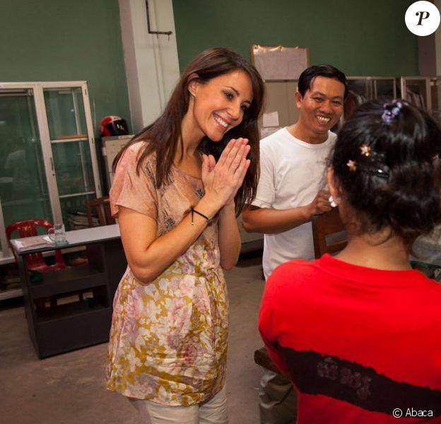 Marie de Danemark visitant l'association Mith Samlanh, au Cambodge, le 11 octobre 2012, lors de sa visite officielle du 9 au 12 en sa qualité de marraine de DanChurchAid.