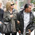 Mena Suvari et Salvador Sanchez dans les rues de New York, le 24 octobre 2012.