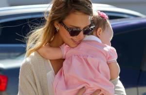 Jessica Alba : Moment câlin avec ses adorables fillettes