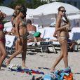 Natasha Poly et sa mère Katja ont fui New York et l'après-Sandy pour le soleil de Miami, où elle a profité de la plage, le 3 novembre 2012.