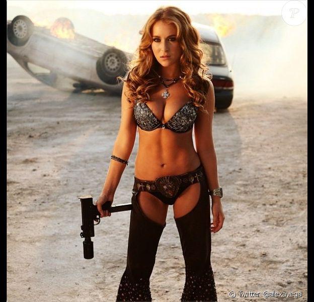 Alexa Vega a dévoilé sur Twitter une nouvelle image de Machete Kills, disponible sur Rolling Stone.