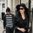 Nicole Scherzinger et son compagnon Lewis Hamilton surpris à la sortie de leur hôtel londonien le 12 Novembre 2012 à Londres