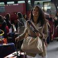Typhanie Soulat, Miss Poitou-Charentes, arrive à l'aéroport Charles de Gaulle avant de s'envoler pour l'Île Maurice, à Paris le 14 novembre 2012