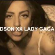 Lady Gaga provoc' : Et maintenant, elle tease le public avec une fessée