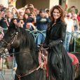 Shania Twain arrive à cheval pour annoncer son retour sur scène au Caesars Palace de Las Vegas le 14 novembre 2012.