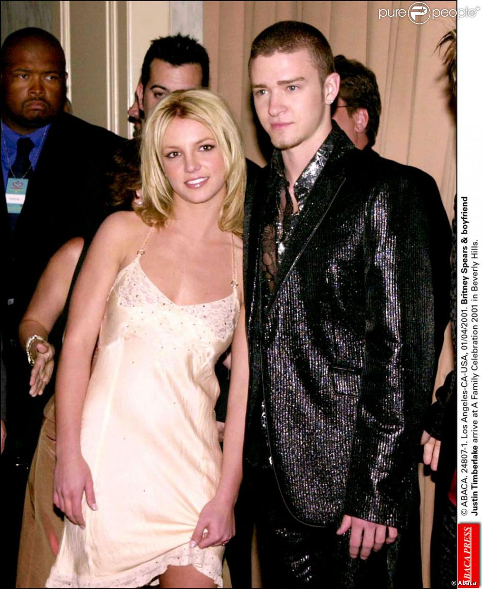 Britney Spears et Justin Timberlake à Beverly Hills le 3 avril 2001.