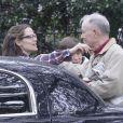 Les parents de Jennifer Garner quittent la maison de leur fille après leur visite pour Thanksgiving à la Nouvelle-Orléans, le 26 novembre 2012.