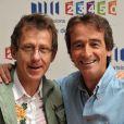 Jamy Gourmand et Frédéric Courant, co-animateurs de C'est Pas Sorcier, photographiés à Paris lors de la conférence de presse annuelle du groupe France Télévisions. Le 28 août 2008.