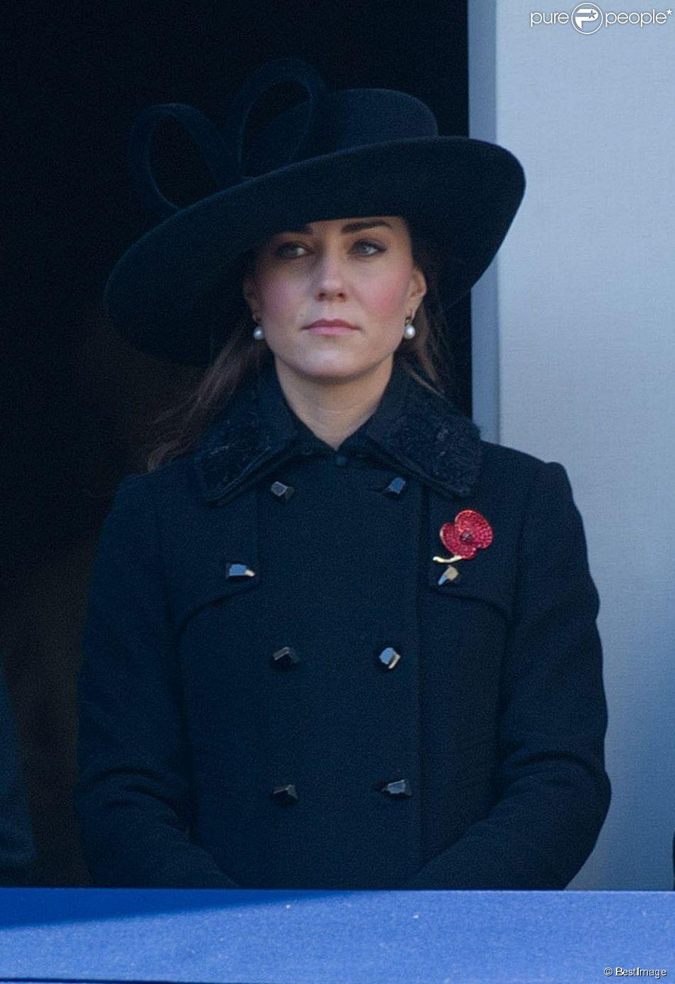 Kate Middleton lors des commemorations du 11 novembre à Londres au Cenotaph de Whitehall