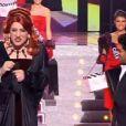 Jamel Debbouze et Gad Elmaleh font irruption lors de l'élection de Miss France 2013 à Limoges le 8 décembre 2012 (images TF1)